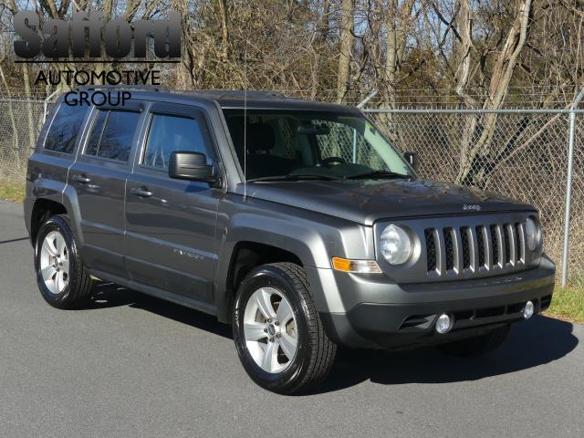 jeep patriot tire sport wheel drive 4dr 4wd owned four pre