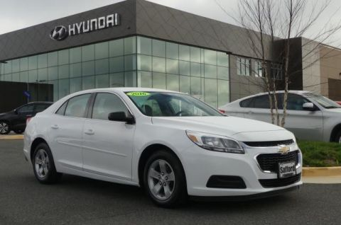 Pre-Owned 2015 Chevrolet Malibu 4dr Sdn LS w/1LS Front Wheel Drive 4dr Car