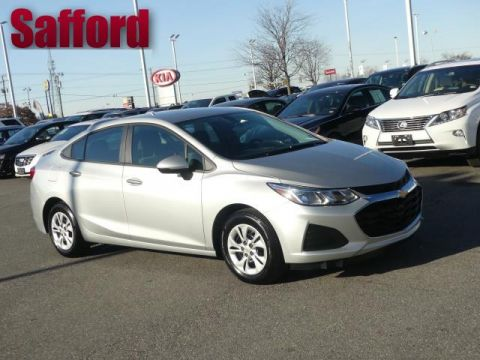 Pre-Owned 2019 Chevrolet Cruze 4dr Sdn LS Front Wheel Drive 4dr Car