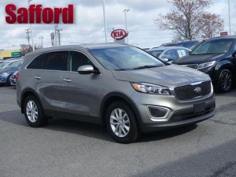 Pre-Owned 2017 Kia Sorento LX V6 AWD All Wheel Drive Sport Utility